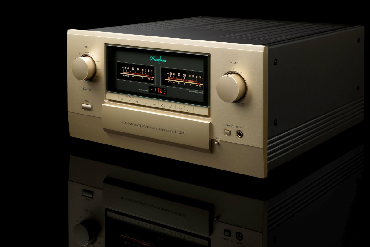 Alpha High End Accuphase