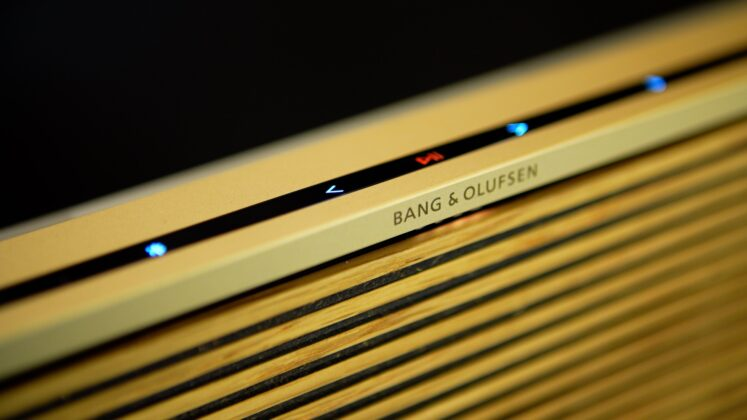 Bang & Olfusen Beosound Level banc d'essai